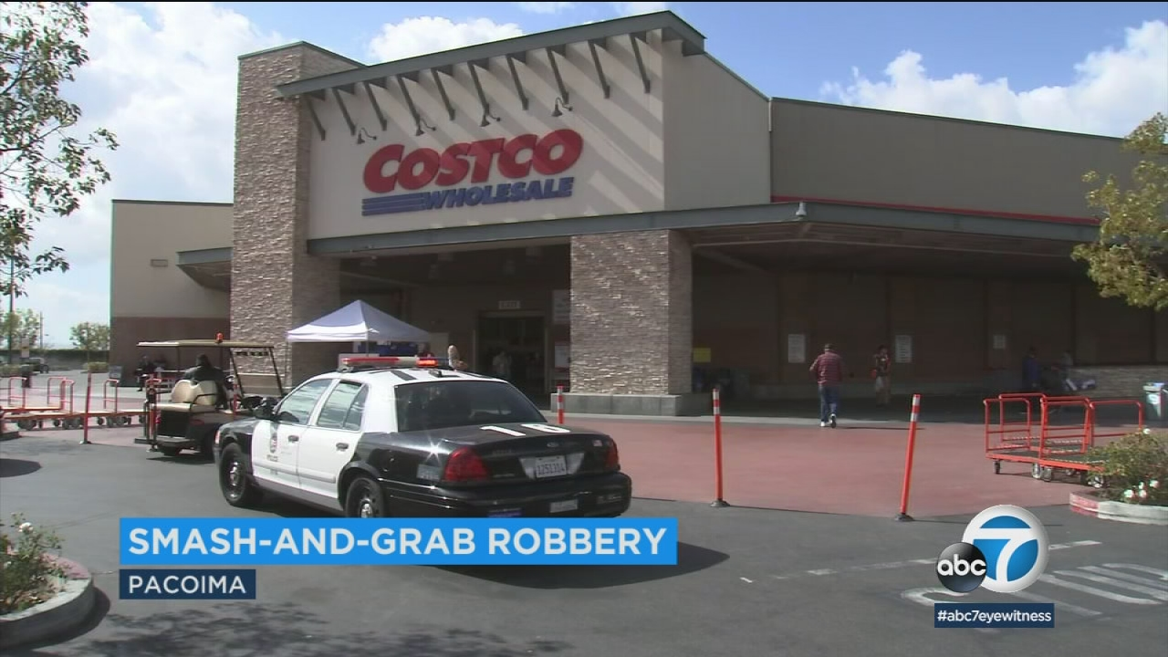 armed robbers sought after taking jewelry from pacoima costco abc7com