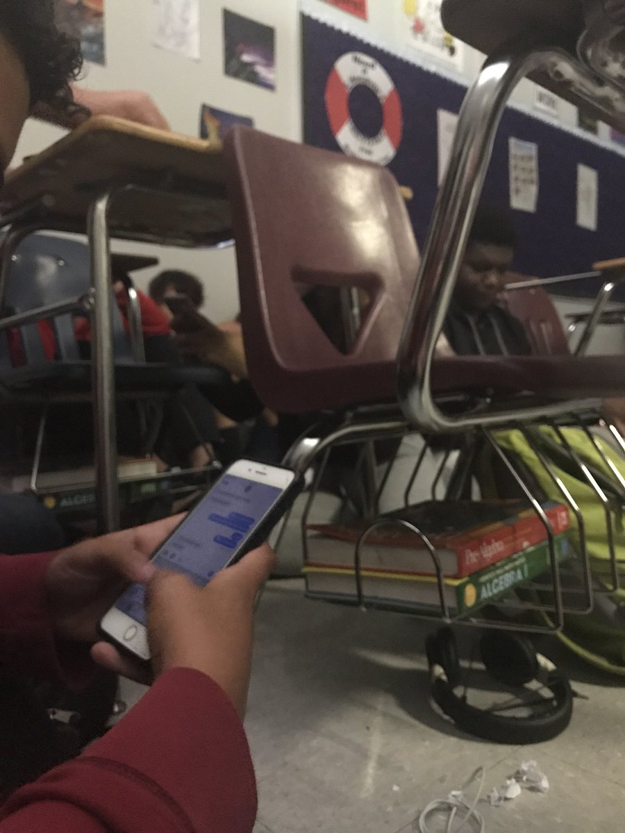 "<div class=""meta image-caption""><div class=""origin-logo origin-image kgo""><span>kgo</span></div><span class=""caption-text"">Students shelter in place during a shooting at a Florida high school. (TheCaptainAidan/Twitter)</span></div>"