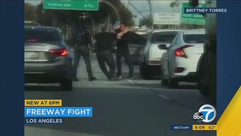 2 men get into brawl in lanes of 105 Fwy in South LA