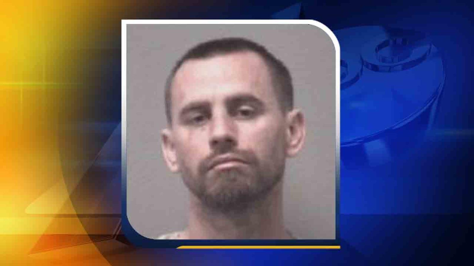 Deputies: Naked Florida man breaks into home with pants on