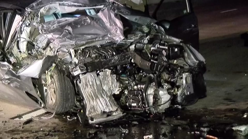 Driver dies after slamming car into back of stalled 18-wheeler