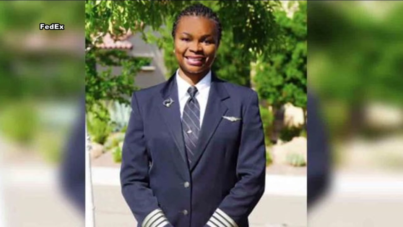 FedEx hires first African-American female pilot