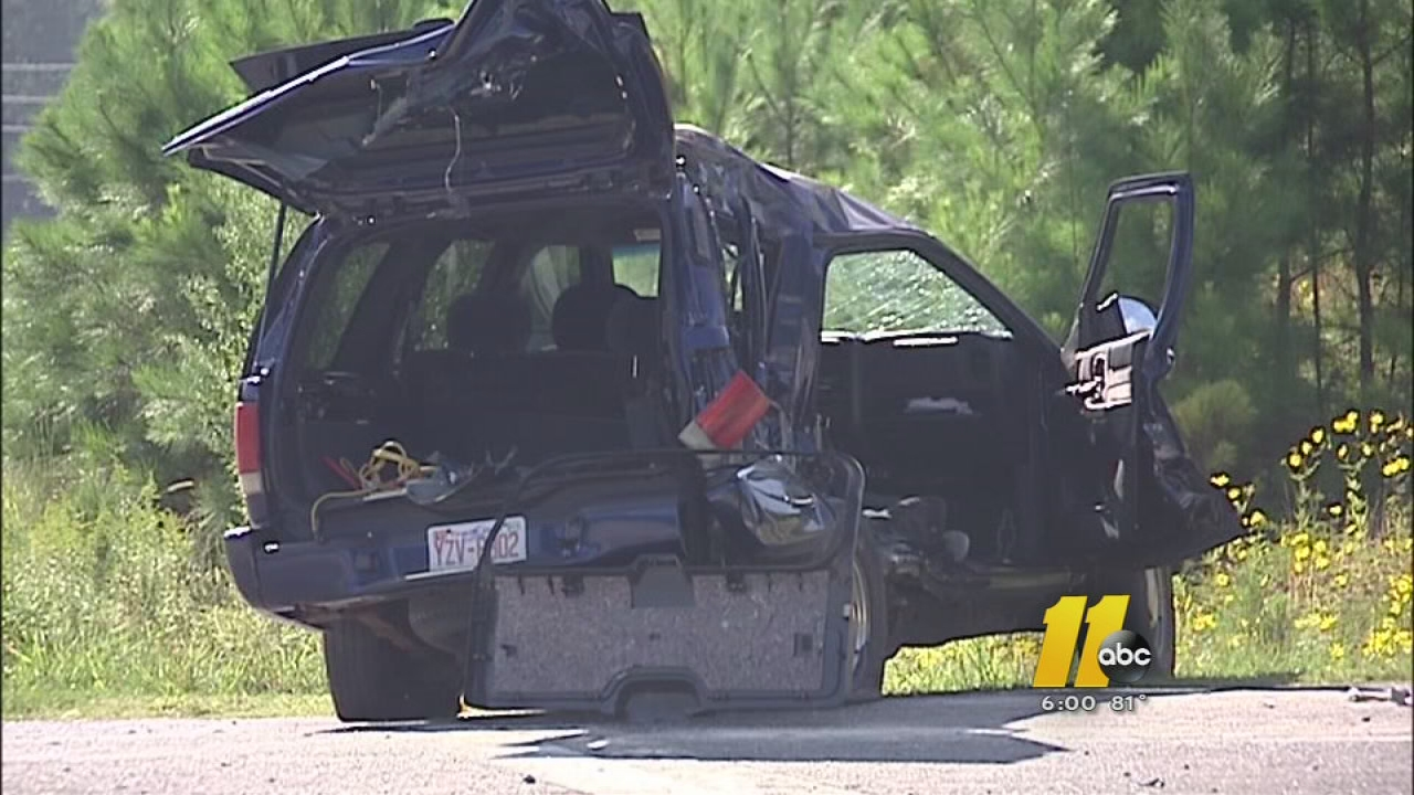 3 students involved in serious crash in Cary