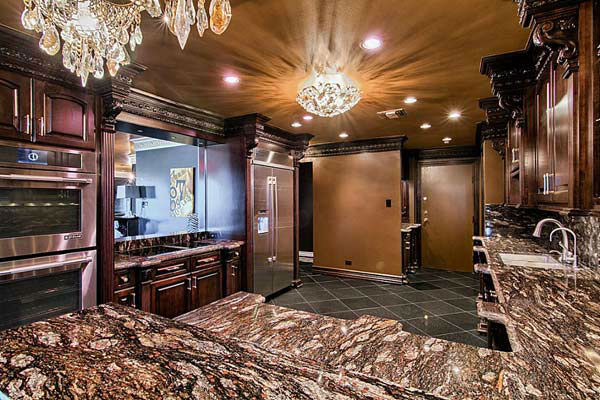 Adrian Peterson Texas Penthouse Up For Lease Abc7chicago Com
