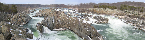 "<div class=""meta image-caption""><div class=""origin-logo origin-image ""><span></span></div><span class=""caption-text"">Great Falls, Virginia. Median Income: $217,552 (Photo/Wikimedia Commons)</span></div>"