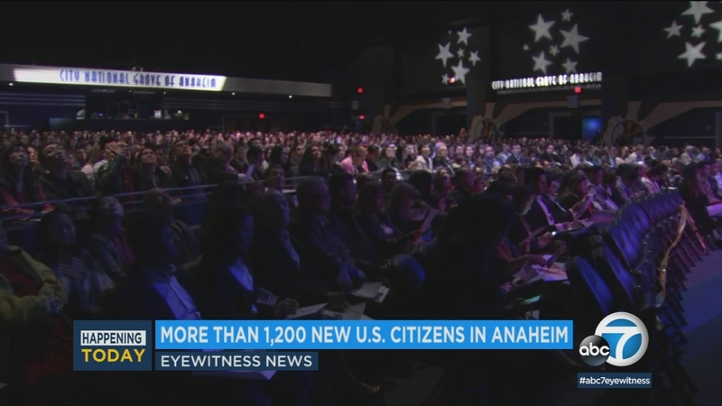 More than 1,200 new citizens sworn in at OC ceremony