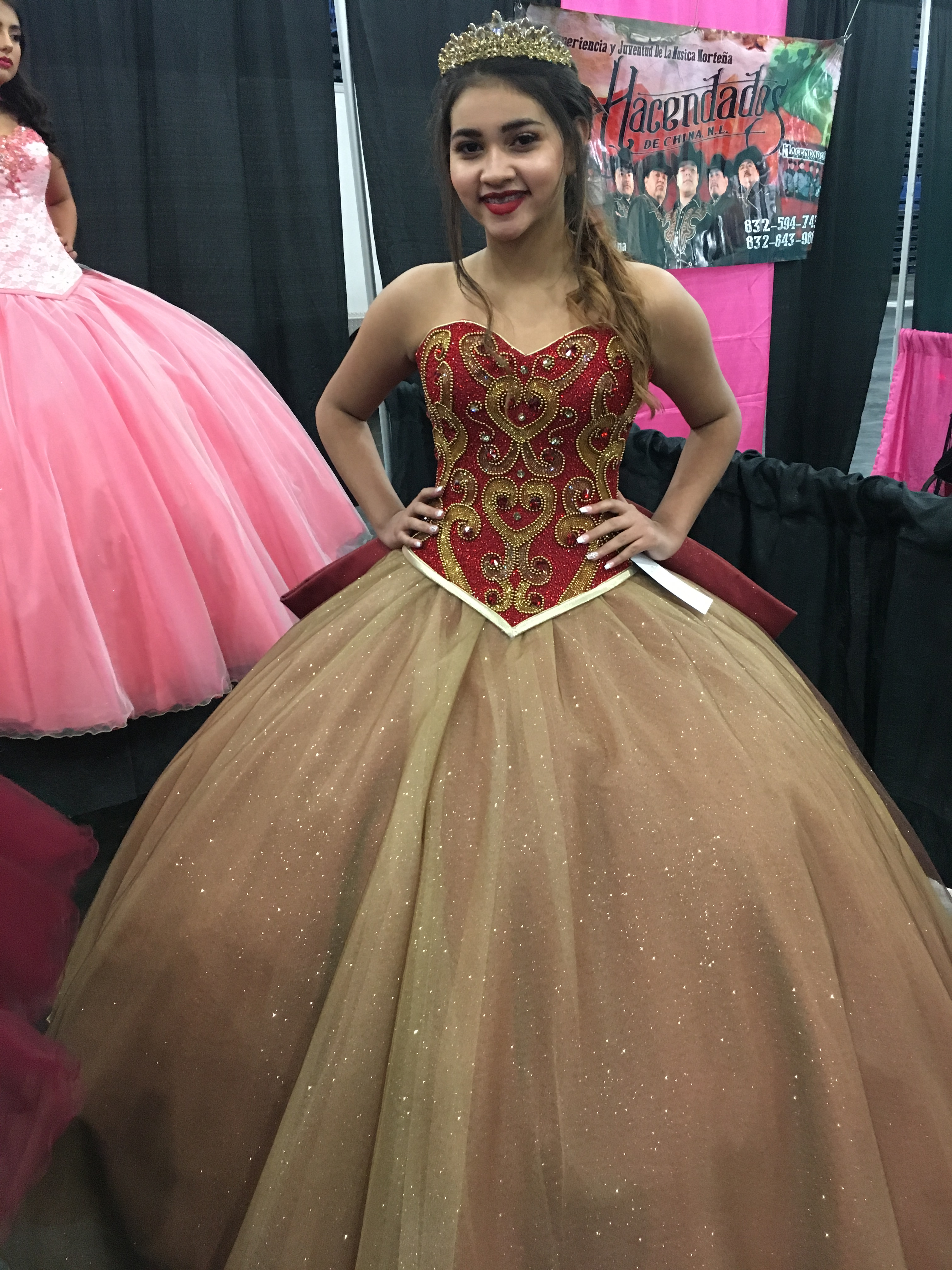 06f7e8d03 While there are online retailers that offer simple quinceañera dresses for  a few hundred dollars