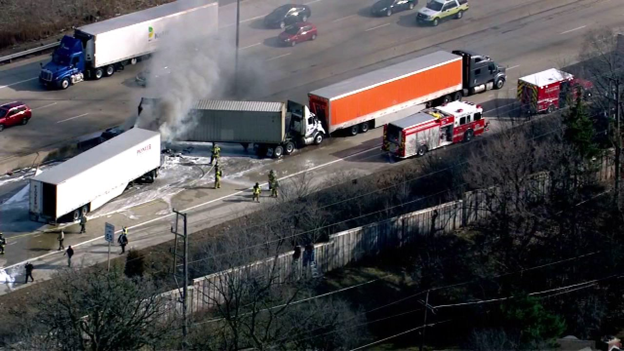 Driver killed in 7-vehicle crash on I-290 ID'd