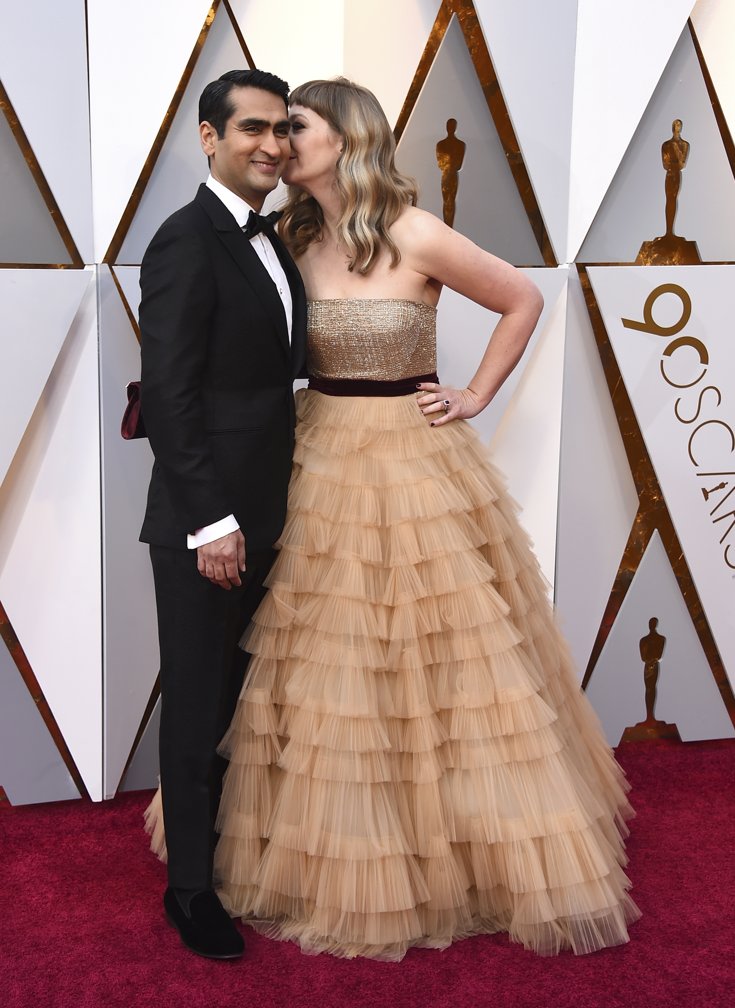 "<div class=""meta image-caption""><div class=""origin-logo origin-image none""><span>none</span></div><span class=""caption-text"">Kumail Nanjiani, left, and Emily V. Gordon, nominated for writing ''The Big Sick,'' arrive at the Oscars on Sunday, March 4, 2018, at the Dolby Theatre in Los Angeles. (Jordan Strauss/Invision/AP)</span></div>"