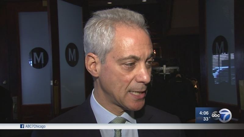 Emanuel confronts Rauner over gun control bill