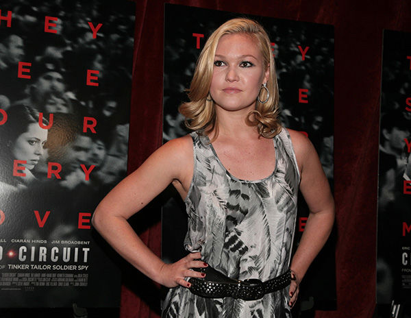 "<div class=""meta image-caption""><div class=""origin-logo origin-image none""><span>none</span></div><span class=""caption-text"">Julia Stiles -- Columbia University (AP Photo)</span></div>"