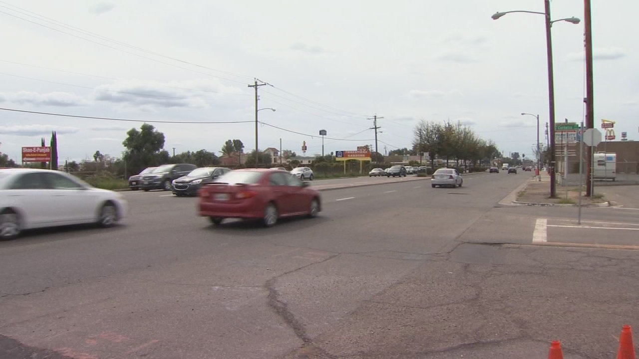 Road closure starts on busy Northwest Fresno street for High Speed Rail construction