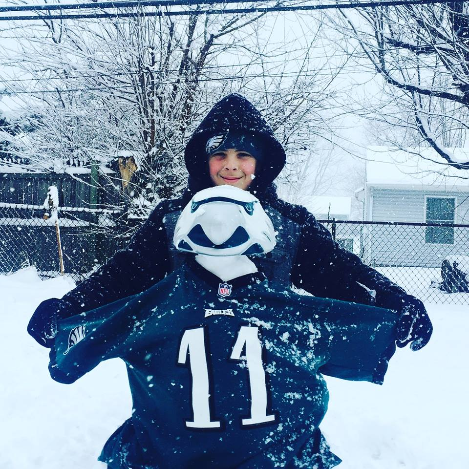 "<div class=""meta image-caption""><div class=""origin-logo origin-image none""><span>none</span></div><span class=""caption-text"">This die-hard fan turns his snowman into a Philadelphia Eagle. (Jennifer Hadley-Somers)</span></div>"