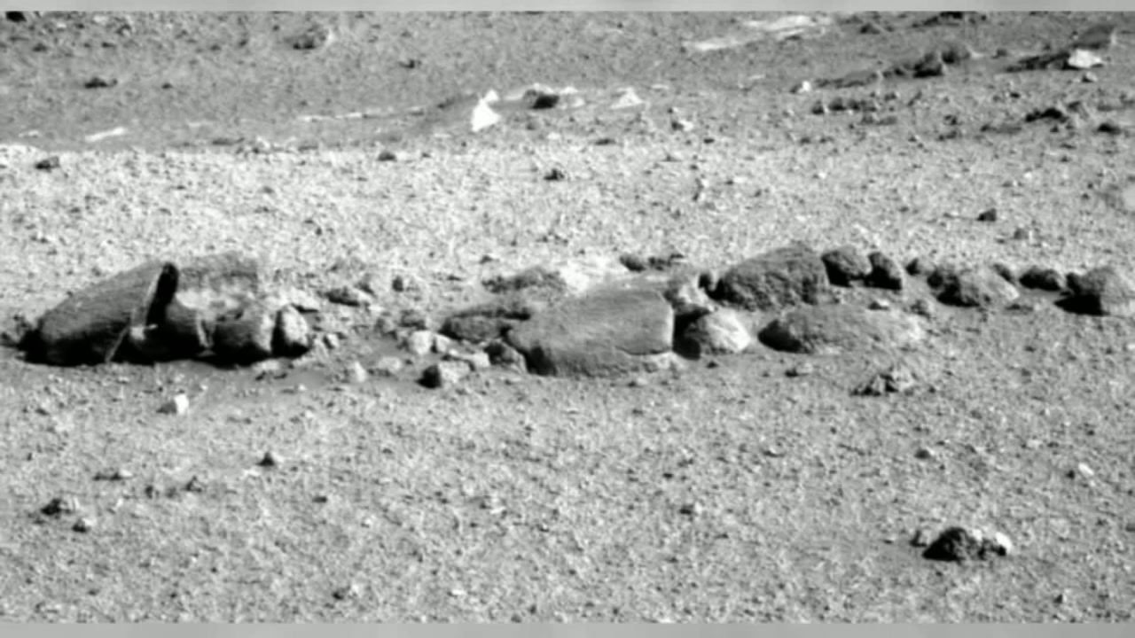 Did Nasa S Opportunity Rover Photograph An Alien Skeleton