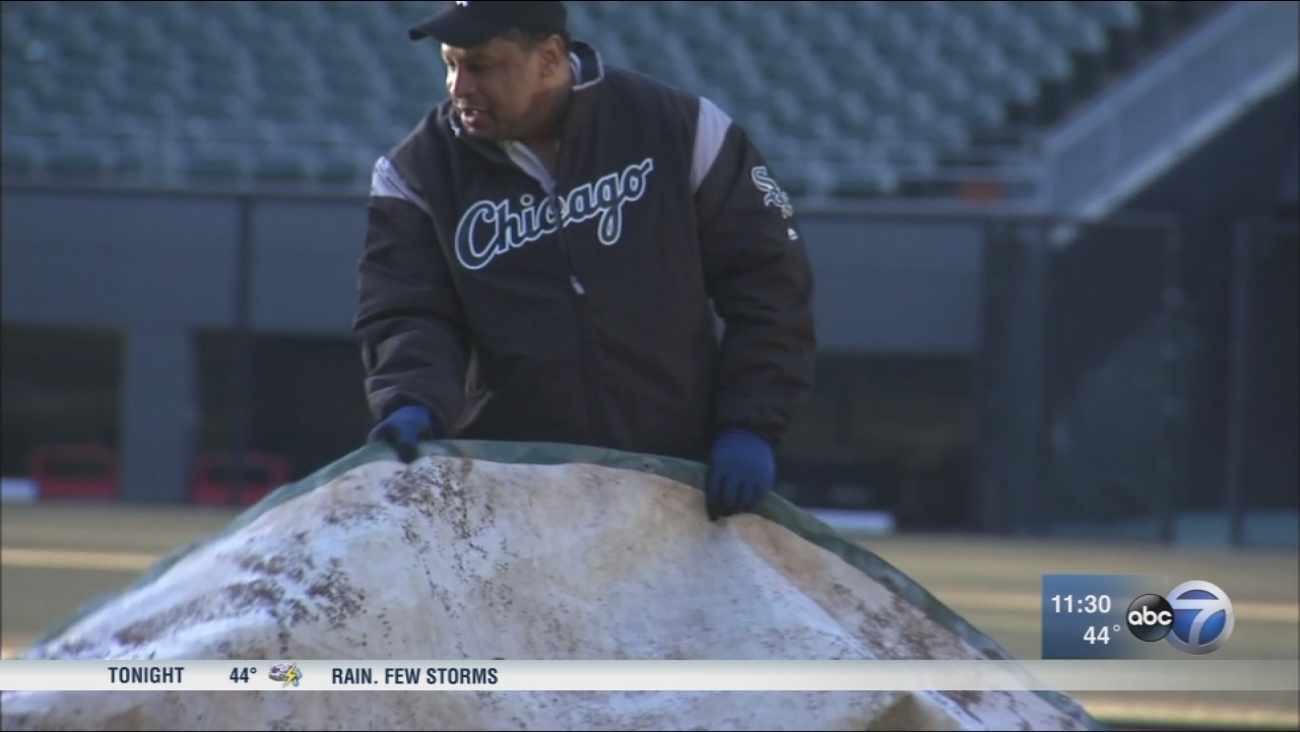 Exonerated man returns to job as White Sox groundskeeper