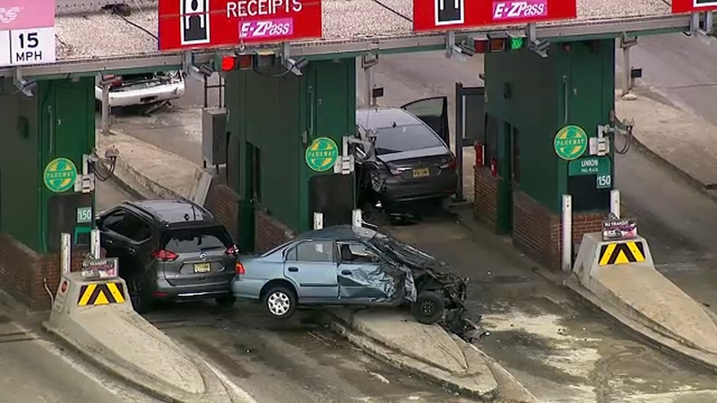 Driver Killed In Garden State Parkway Toll Plaza Crash In Union