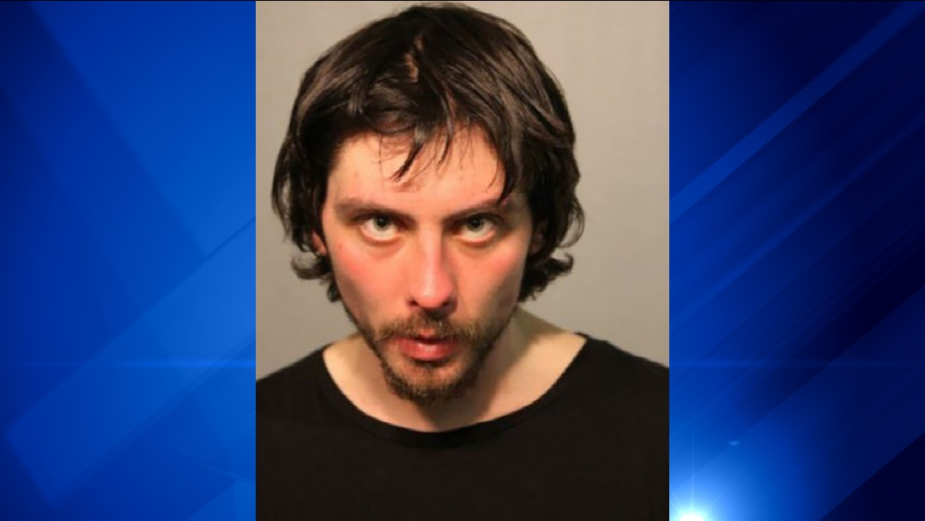 Man, 27, accused of trying to kidnap girl in Albany Park