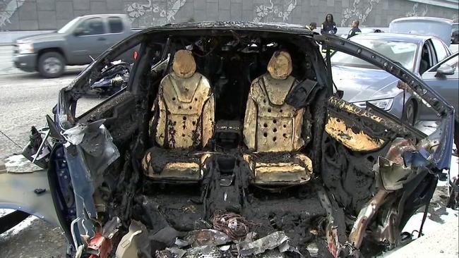 Tesla says Autopilot was on during deadly California crash ...