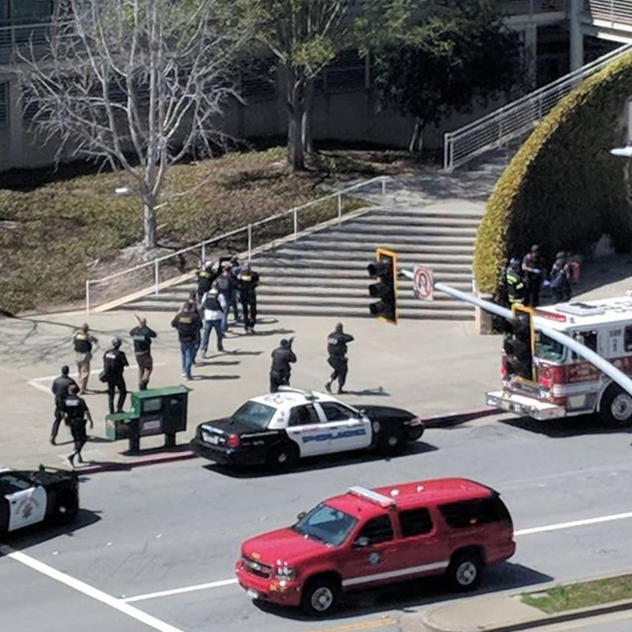 <div class='meta'><div class='origin-logo' data-origin='none'></div><span class='caption-text' data-credit='instagraemedm/Instagram'>Police at YouTube headquarters following a shooting on the campus at San Bruno.</span></div>