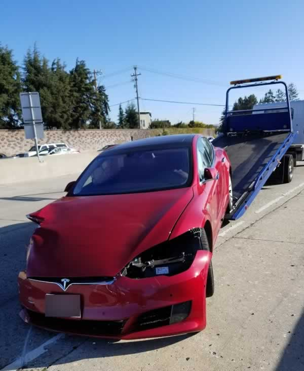 "<div class=""meta image-caption""><div class=""origin-logo origin-image none""><span>none</span></div><span class=""caption-text"">This photo was taken from the scene of a crash involving a Tesla on autopilot in Hayward, Calif. in September 2017. (KGO-TV)</span></div>"