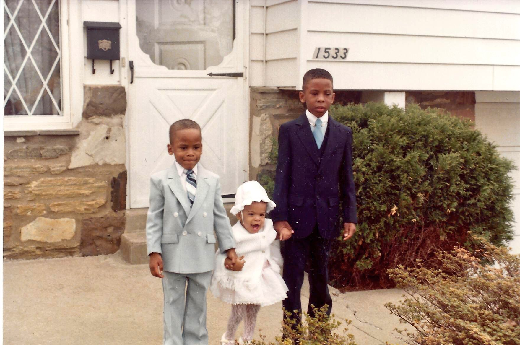 "<div class=""meta image-caption""><div class=""origin-logo origin-image none""><span>none</span></div><span class=""caption-text"">Joel with his little sister, Joi, and big brother, Jonathan (circa 1984) (Credit: Joel Brown)</span></div>"
