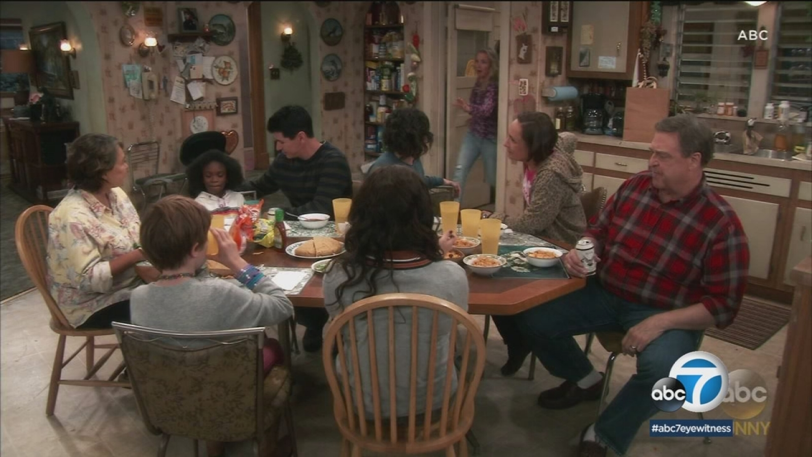 Michael Fishman of 'Roseanne' passing on lessons learned ...