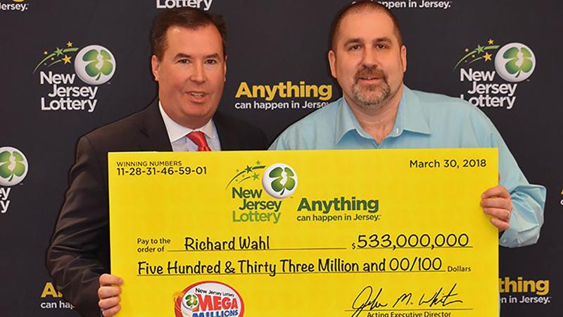 Winner Of 533 Million Mega Millions Jackpot Revealed To Be Vernon New Jersey Man Abc7 New York