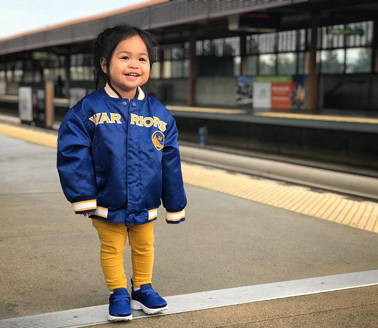 <div class='meta'><div class='origin-logo' data-origin='none'></div><span class='caption-text' data-credit='b_cardel/Instagram'>Dub Nation, show us what you got! Share your Warriors fan pics with #abc7now to appear in this gallery, on air, or on our other social media platforms.</span></div>