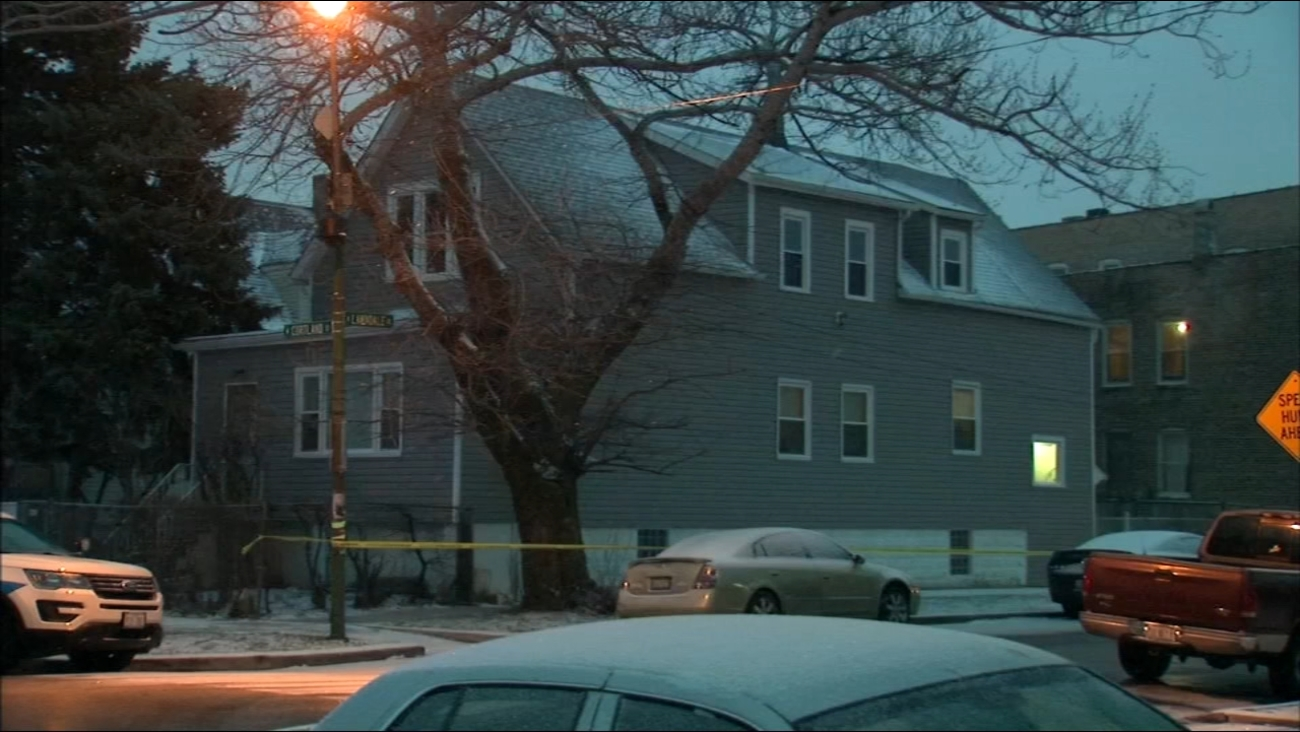 2 found dead in Logan Square home