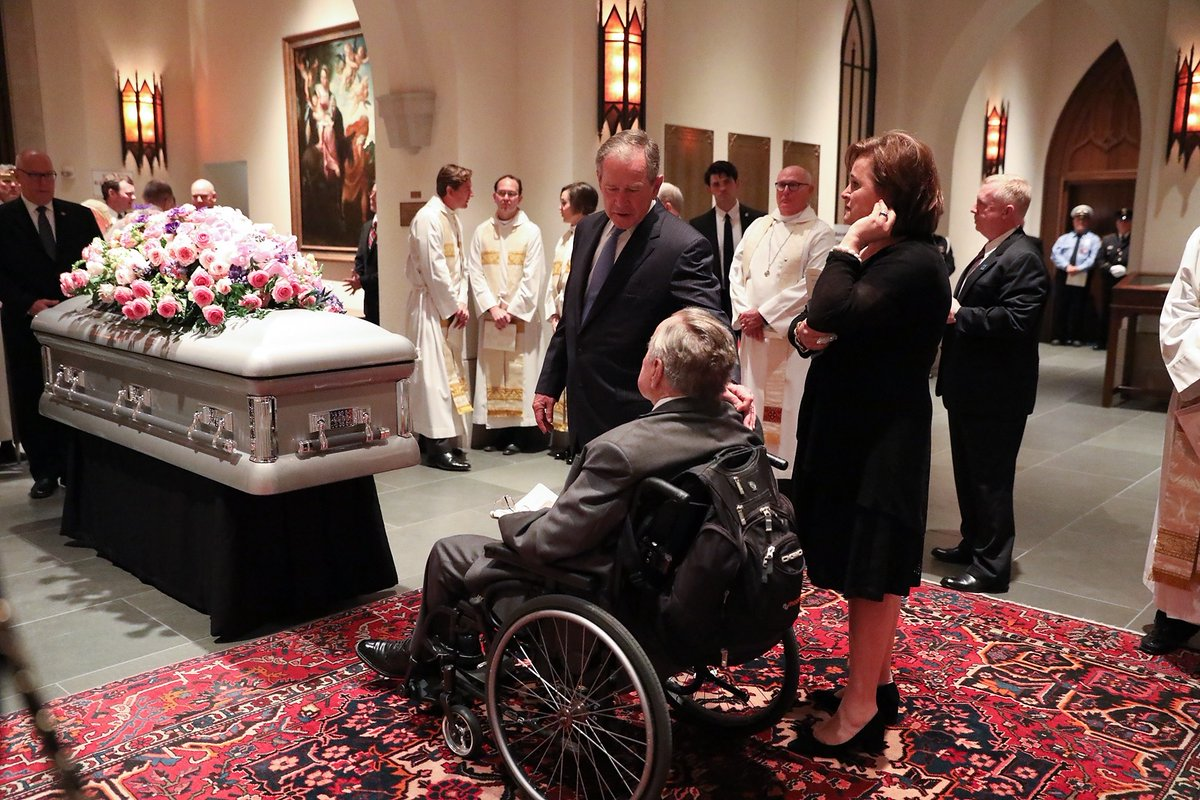 Family Releases Photos Of Barbara Bush S Private Burial Service