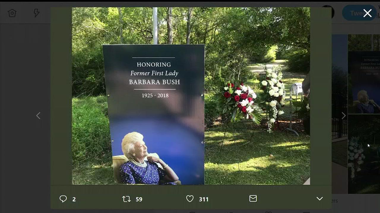 Barbara Bush S Gravesite Opens To The Public Monday In College