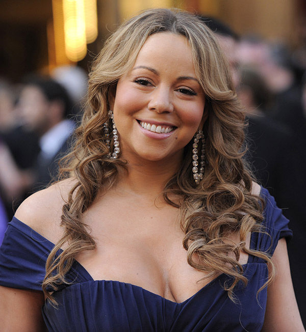 <div class='meta'><div class='origin-logo' data-origin='none'></div><span class='caption-text' data-credit='AP'>Mariah Carey arrives at the 82nd Academy Awards Sunday,  March 7, 2010, in the Hollywood section of Los Angeles.</span></div>