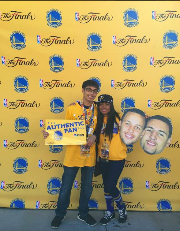<div class='meta'><div class='origin-logo' data-origin='none'></div><span class='caption-text' data-credit='Photo submitted to KGO-TV by @eleanoraguila/Twitter'>Warriors fans show their spirit during the 2017-2018 season. Share your photos using #DubsOn7 and you may see them online or on TV!</span></div>