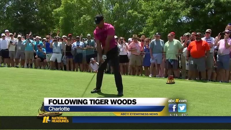 promo code 48e16 08907 Huge throng follows Tiger Woods
