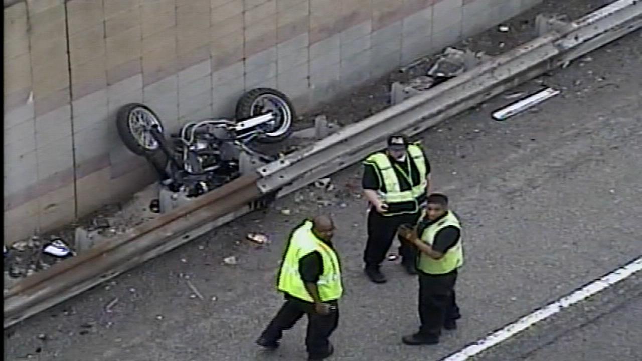 Motorcyclist killed after hitting pothole on I-95 in Penn's Landing