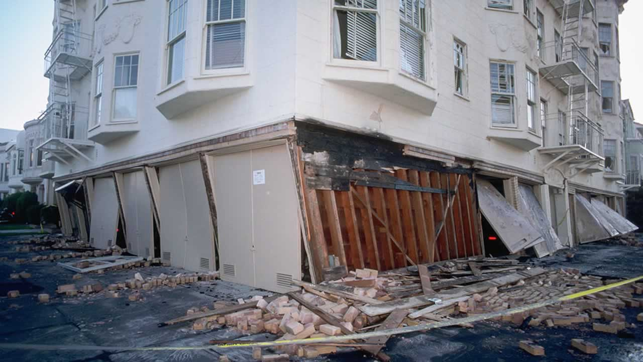 "<div class=""meta image-caption""><div class=""origin-logo origin-image ""><span></span></div><span class=""caption-text"">On October 17, 1989, a 6.9 magnitude earthquake ripped through the Bay Area.</span></div>"