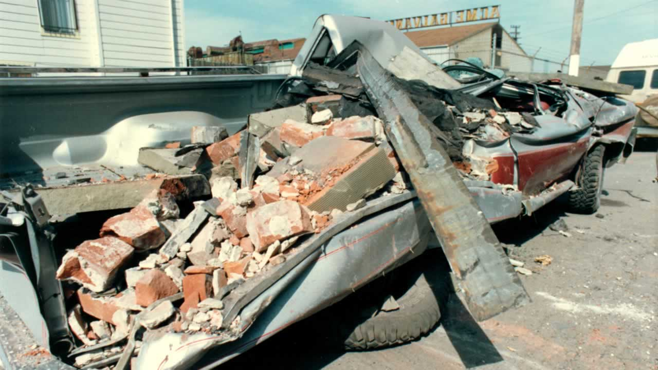 Remembering Loma Prieta A Look Back At The 69 Earthquake That Hit California Earthquakes 1 Turn Off Gas Bay Area