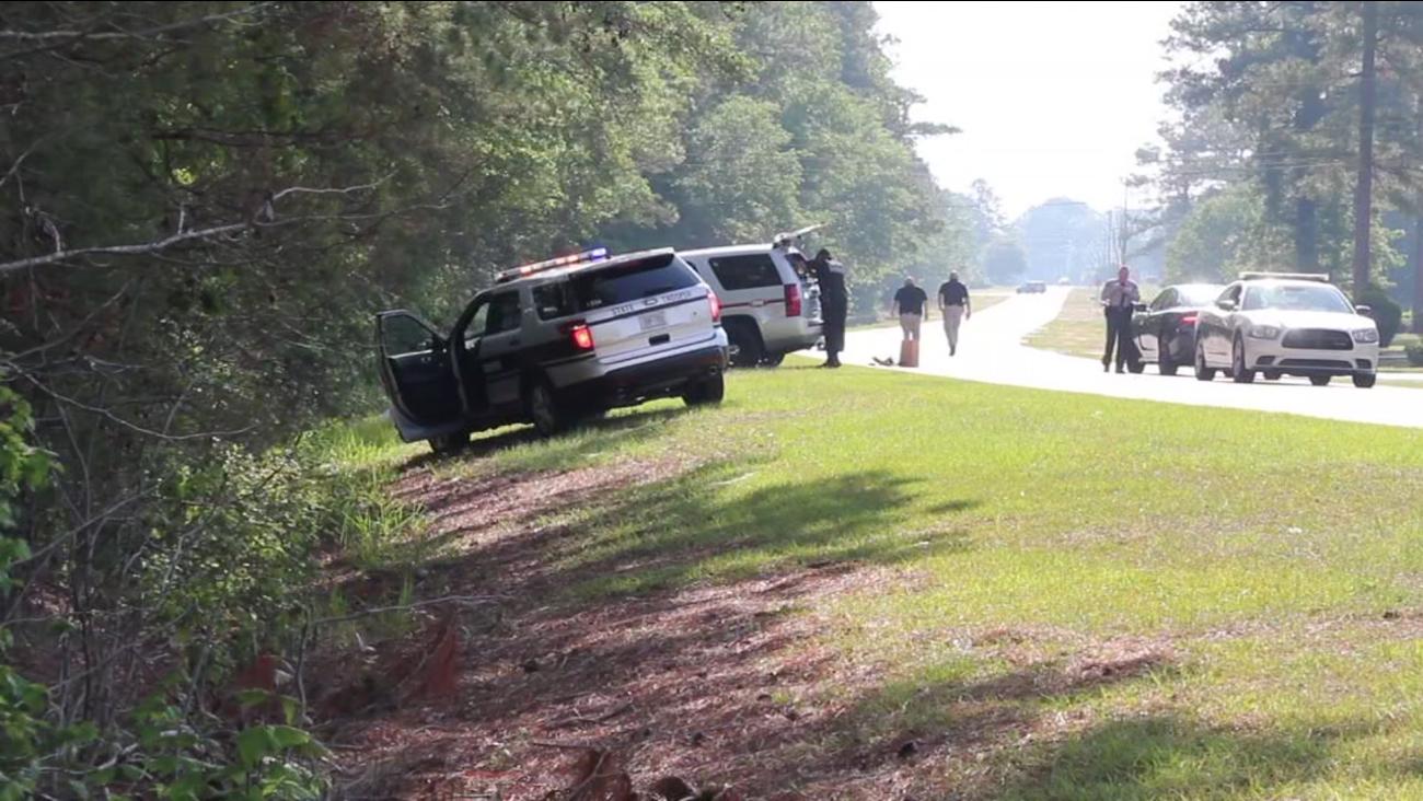 Cumberland County Sherriff's investigating a body found in a ditch