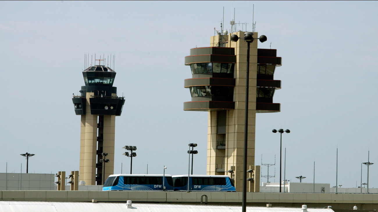 10 airline employees busted in Dallas-Fort Worth Airport drug
