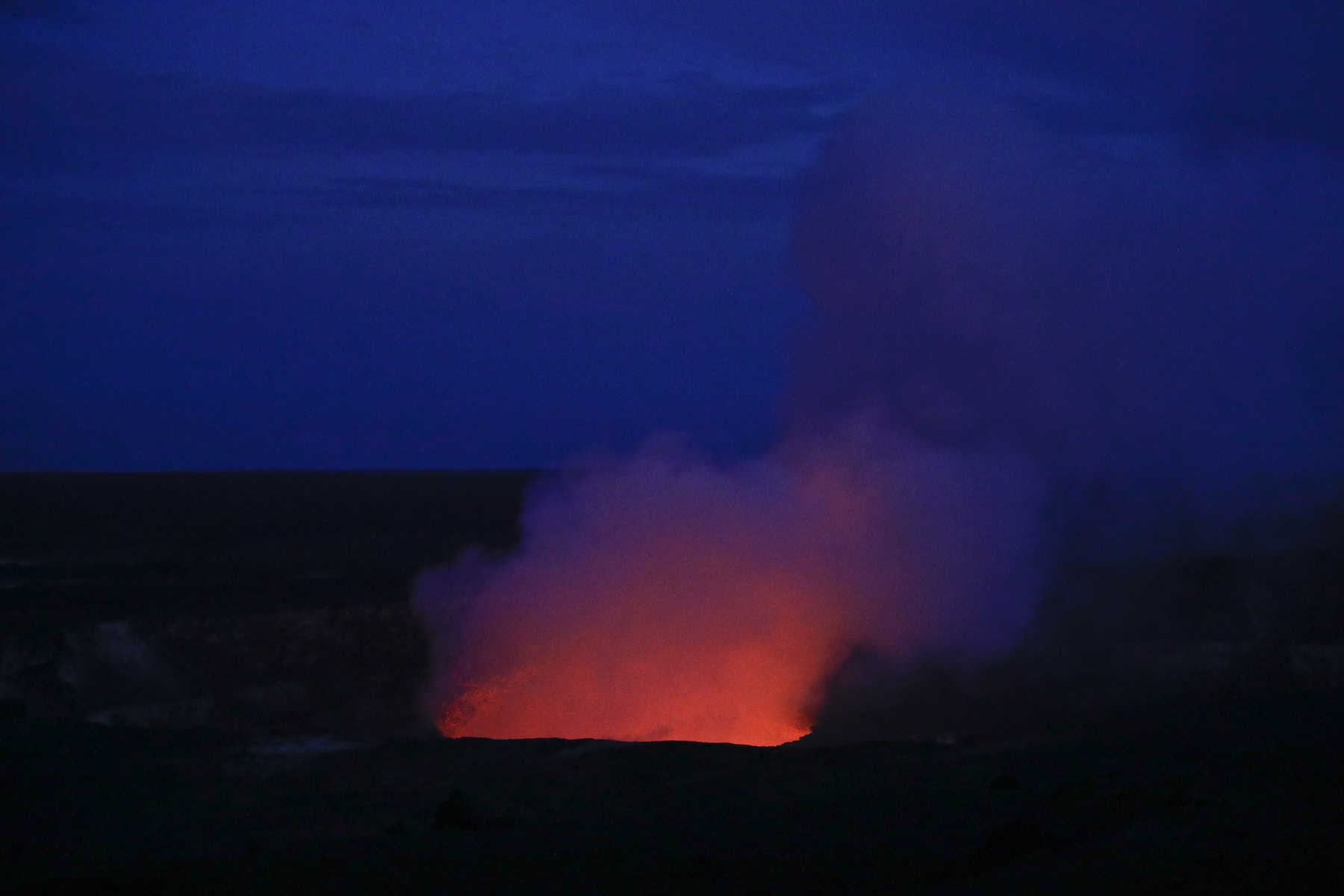 "<div class=""meta image-caption""><div class=""origin-logo origin-image ap""><span>AP</span></div><span class=""caption-text"">Kilauea's summit crater glows red in Volcanoes National Park, Hawaii. Wednesday, May 9, 2018. (AP Photo/Jae C. Hong)</span></div>"
