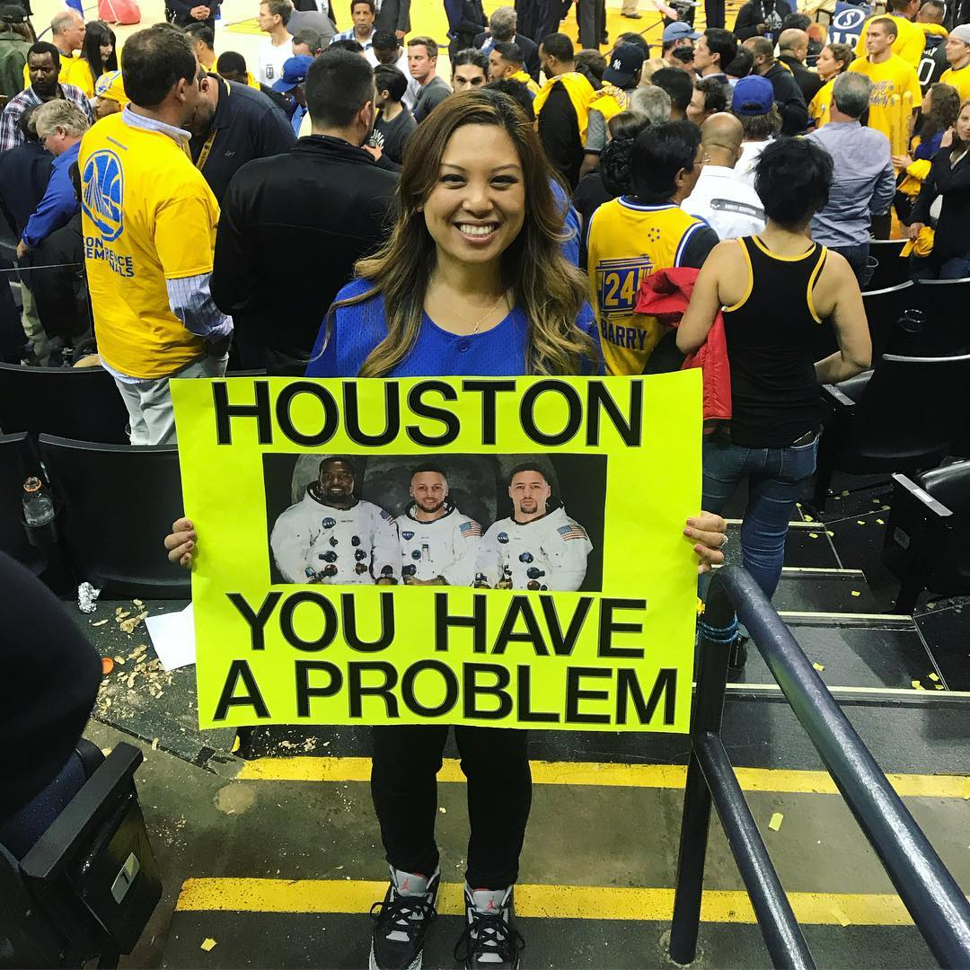 <div class='meta'><div class='origin-logo' data-origin='none'></div><span class='caption-text' data-credit='Photo submitted to KGO-TV by @linzee11/Instagram'>Warriors fans show their spirit during the 2017-2018 season. Share your photos using #DubsOn7 and you may see them online or on TV!</span></div>