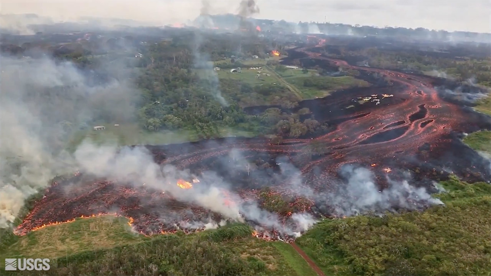 Hawaii volcano: Aerial footage shows extent of sprawling Kilauea lava flow