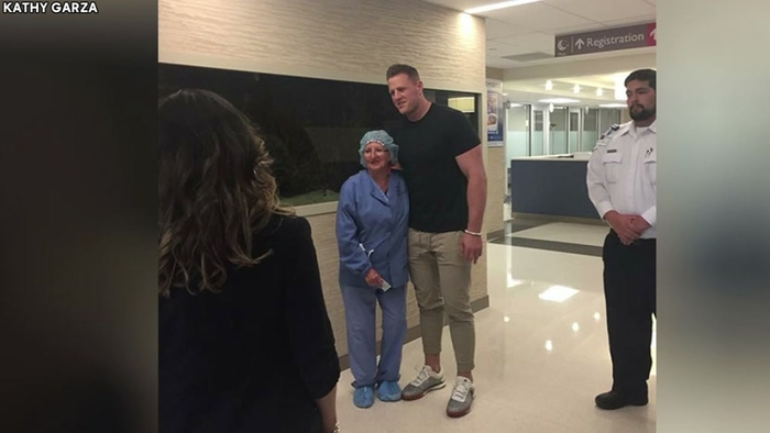 J.J. Watt Visits With Injured Kids From Sante Fe School