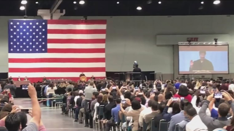 Thousands sworn in as US citizens at LA ceremony