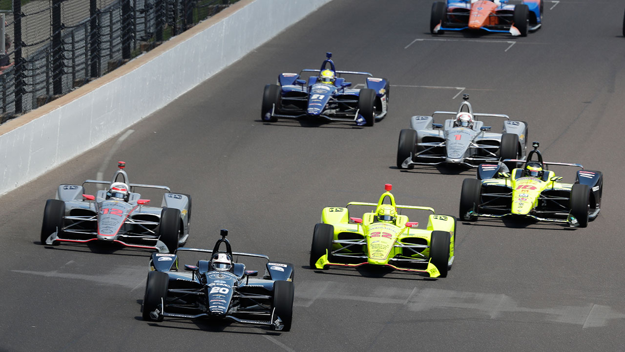 Drivers are shown in the early laps of the Indianapolis 500 auto race at Indianapolis Motor Speedway on May 27, 2018.