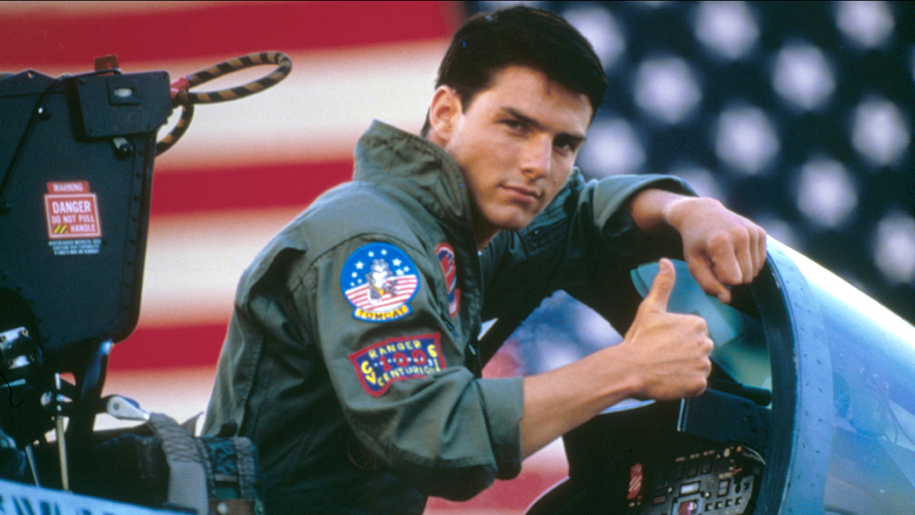 Image of Tom Cruise on the set of Top Gun