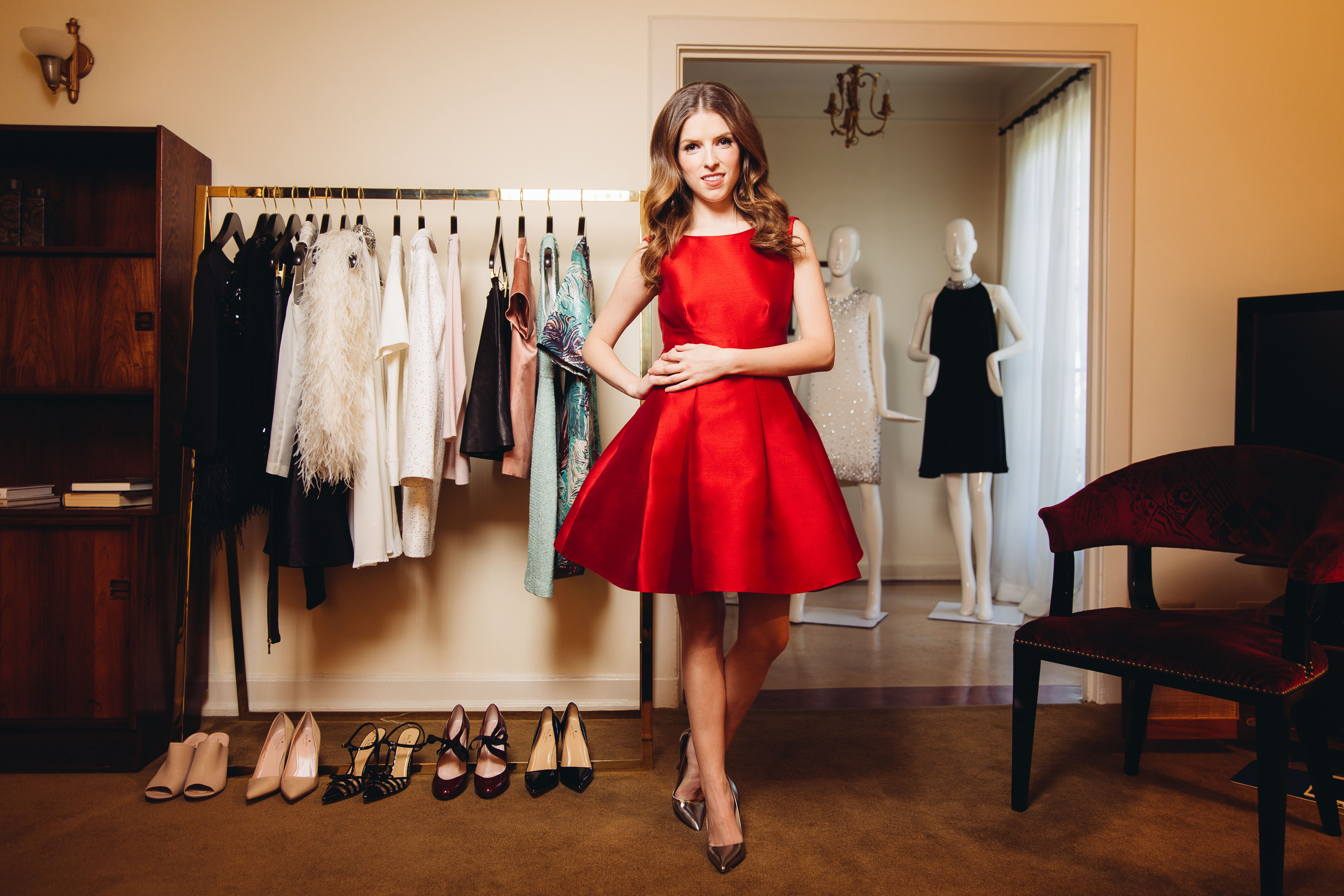 "<div class=""meta image-caption""><div class=""origin-logo origin-image ap""><span>AP</span></div><span class=""caption-text"">In this Friday, Oct. 3, 2014 photo, Anna Kendrick posesin West Hollywood, Calif. Her red, sleeveless party dress is from Kate Spade New York's holiday collection (Casey Curry/Invision/AP)</span></div>"
