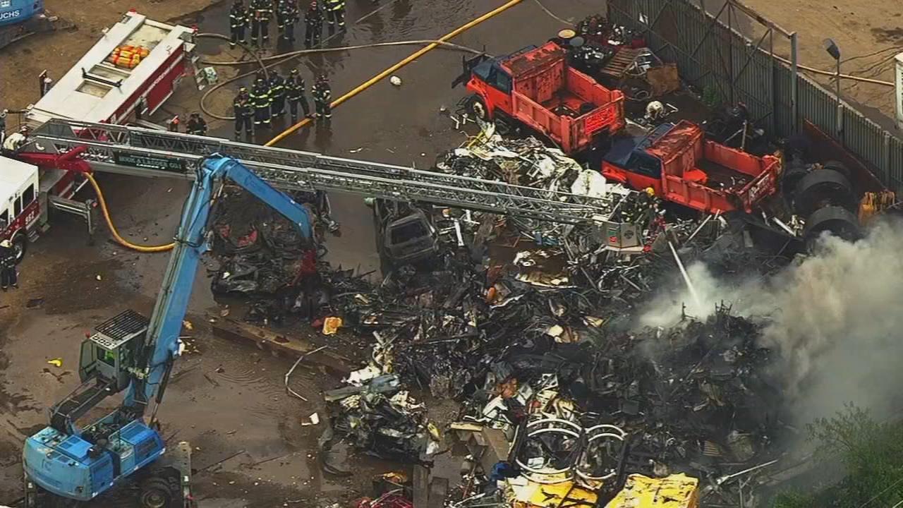 Junkyard fire disrupts service on LIRR | abc7ny.com