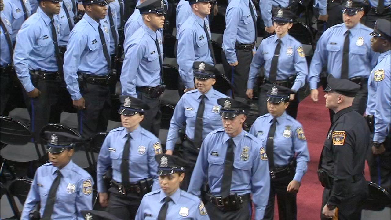 060718-wpvi-police-grads-article | 6abc com
