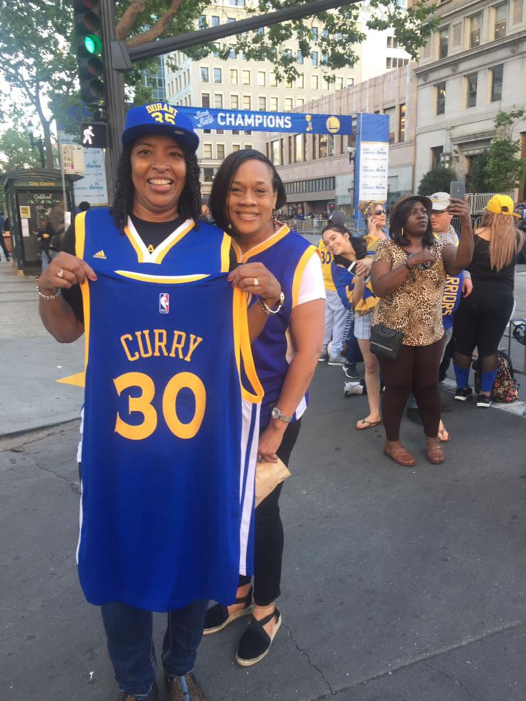 <div class='meta'><div class='origin-logo' data-origin='none'></div><span class='caption-text' data-credit='KGO-TV'>These Warriors fans tell ABC7 News they got there at 6 a.m. on Tuesday, June 12, 2018 to get a good spot on the parade route in Oakland, Calif.</span></div>